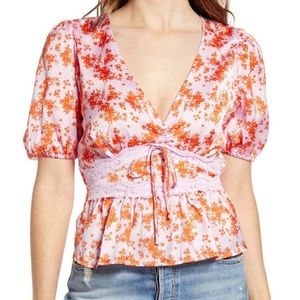 NWT all in favor satin top lace trim floral